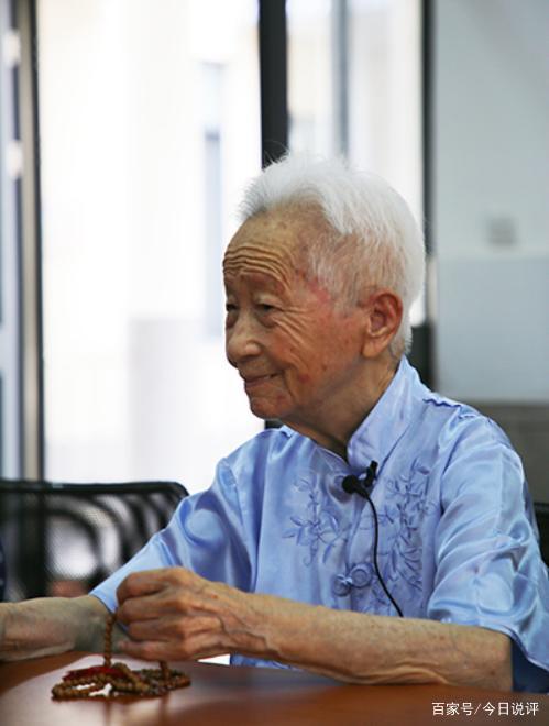 老人们曾抱团养老众筹买楼 15年后将楼捐赠
