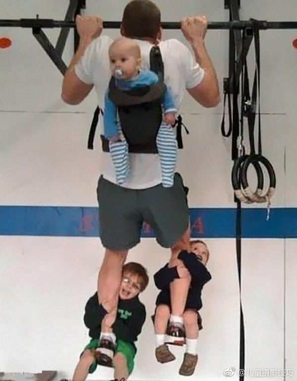 奶爸带孩子一起健身