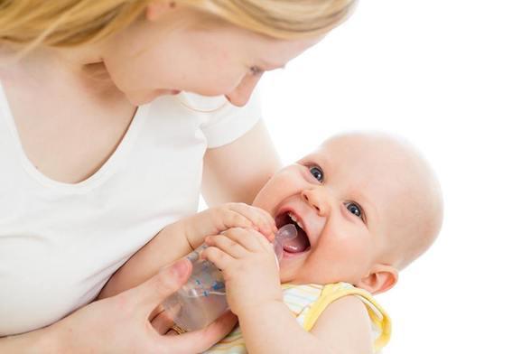 宝宝喝水是大事!宝宝水杯选购看这一篇就够了!