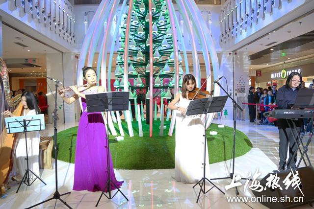 金桥国际携手音乐学院点亮圣诞演奏会--上海热